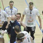 Akaa-Volley oli liian vahva Kokkolan Tiikereille – Kotijoukkueen tappiosarakkeeseen merkittiin Markus Kaurton nilkka