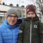 Akaalaiset toivovat koronan hellittävän ensi vuonna – 5-vuotiaalla Ilmarilla on valkoinen haave