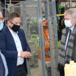 Ulkoministeri Pekka Haavisto vieraili Akaassa – Otti kantaa tuulivoimaan