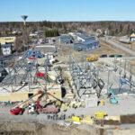 Viialan liikuntahallin työmaalla tapahtui öljyvahinko – Pilaantunut maa-aines poistetaan