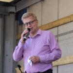 Kaupunkikehitysjohtaja Lasse Silván avasi Toijalan Markkinat – Puheessa kehuttiin kaupungissa liikkeellä olevia mukavia juttuja sekä toivottiin yhteydenpitoa puolin ja toisin