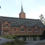 Pysähdy hetkeksi: Kylmäkosken kirkon seinien sisälle kätkeytyy paljon tapahtumia ja tarinoita – Nyt on oiva mahdollisuus tehdä retki matalalla kynnyksellä kirkkoomme