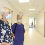 Akaan johtavan ylilääkärin mukaan korona on nyt rokottamattomien tauti – Tiina Määttä toivoo yhtä asiaa, jotta epidemia saadaan loppumaan ja rajoitukset purettua