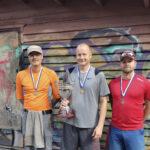 Veli-Pekka Ehoniemi oli huippuvireessä ja hätyytteli ennätystä kyykän SM-kisoissa – Kauko Rupponen voitti veteraanisarjan