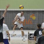 Akaa-Volley taipui Hunajaturnauksessa Loimulle ja VaLePalle – Hurrikaani-peli muuttui murskalukemien jälkeen tasaiseksi väännöksi